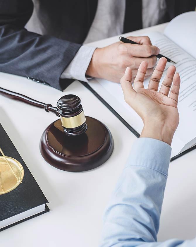 Consultation de cabinet d'avocat à Grenoble
